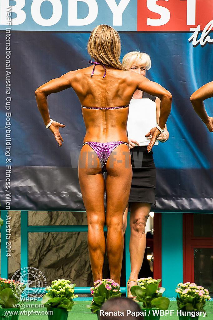 Renata Papai 7