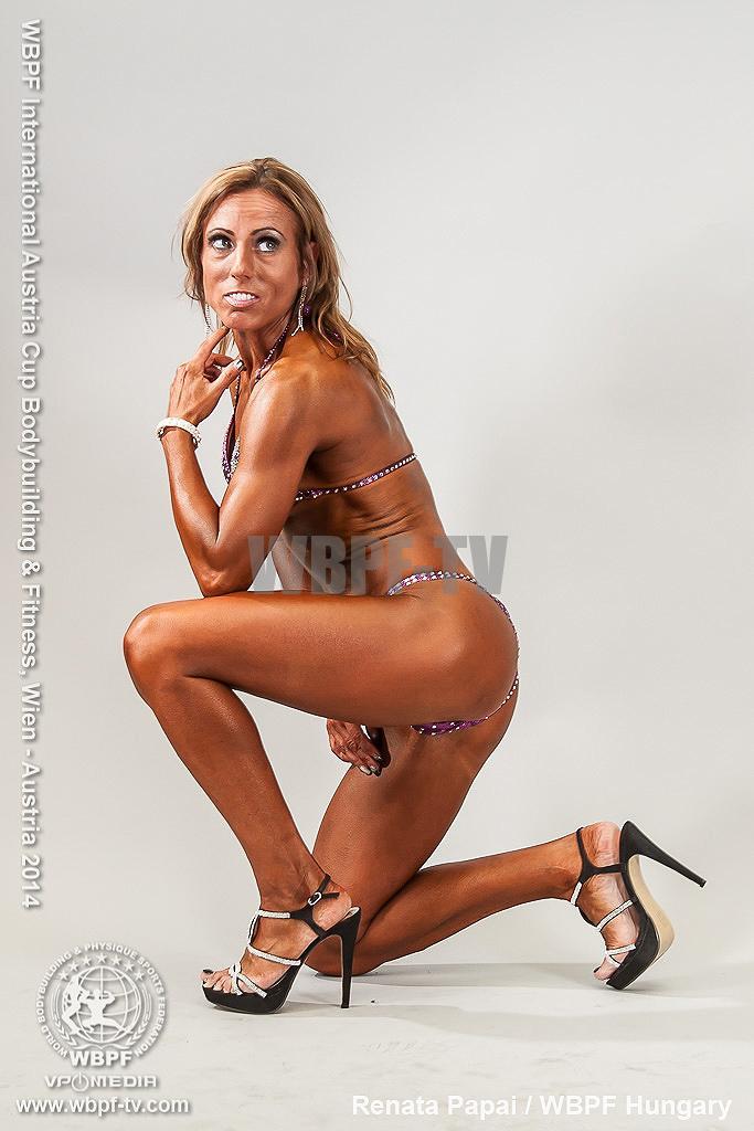 Renata Papai 8